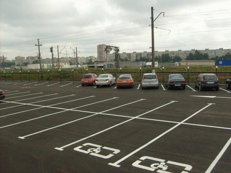 Присутствие специального обозначения дает право парковаться на местах для инвалидов