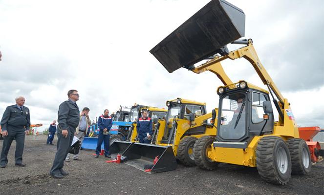 Гостехнадзор выполняет ряд функций, связанных с тракторами и самоходными механизмами