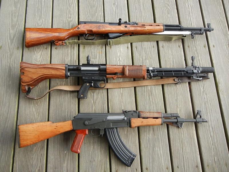 Для приобретения нарезного оружия предварительно нужно получить специальное разрешение от МВД РФ