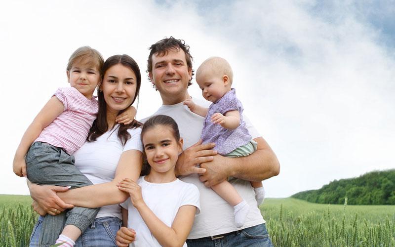 Фото многодетной семьи.